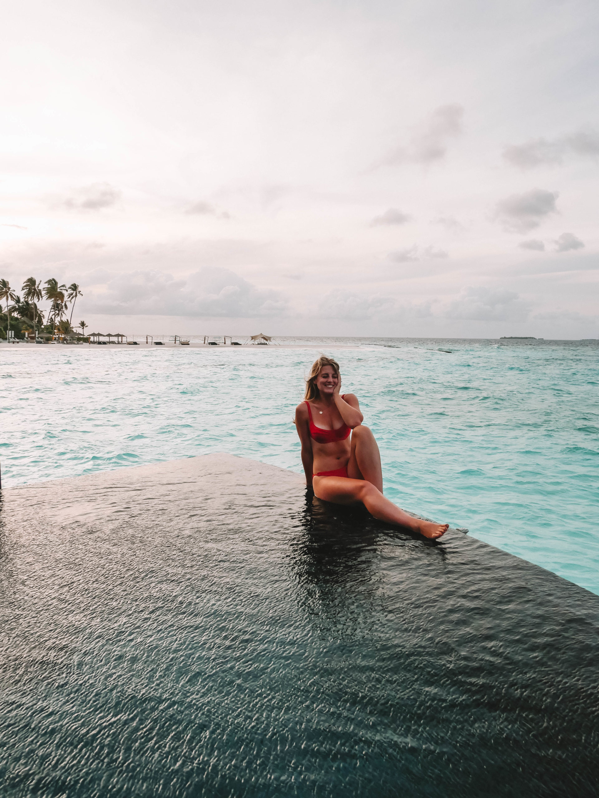 CONSTANCE HALAVELI // LUXURIOUS OVERWATER VILLAS IN THE MALDIVES