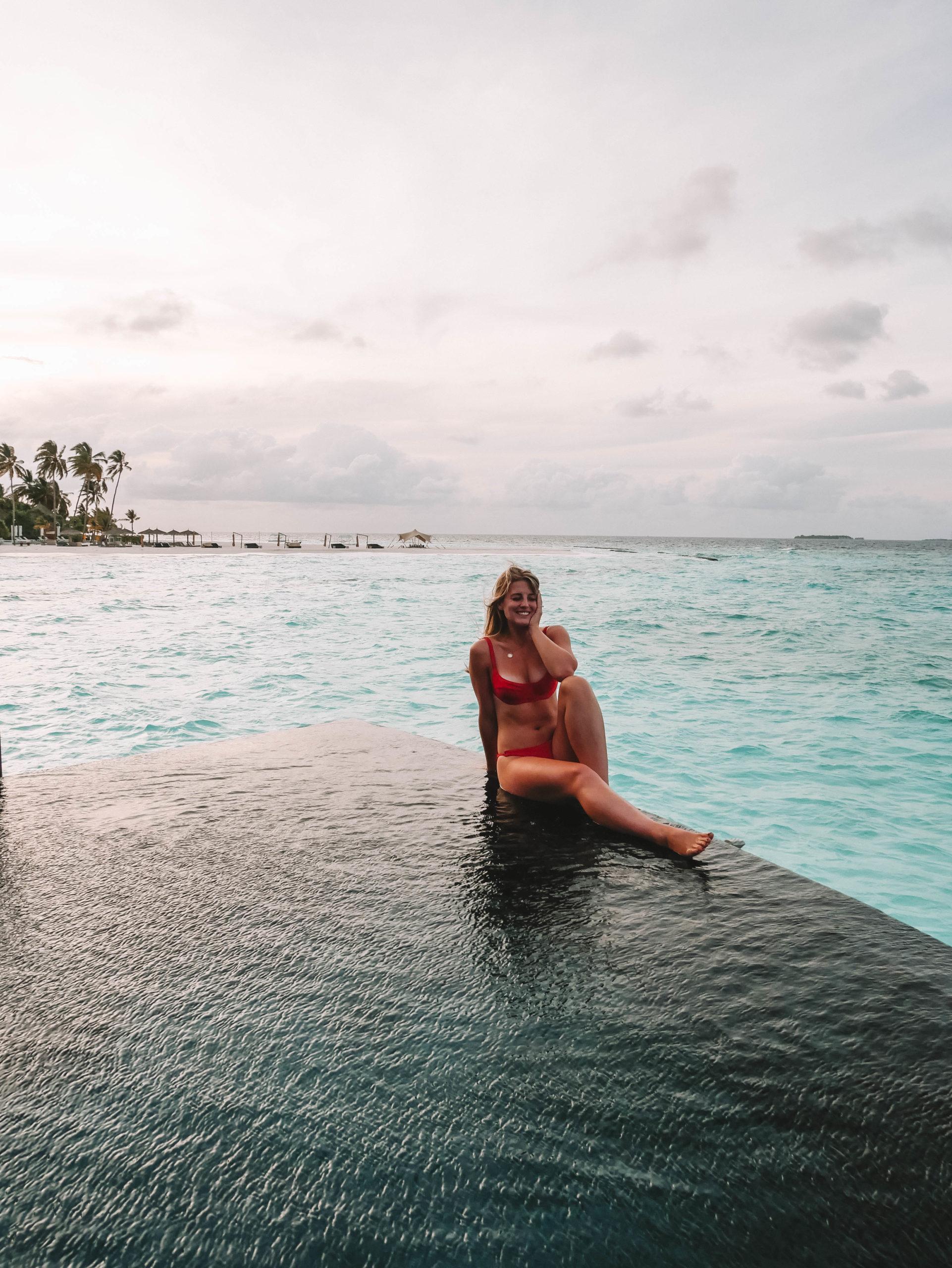 CONSTANCE HALAVELI // LUXURIOUS OVERWATER VILLAS IN THE MALDIVES