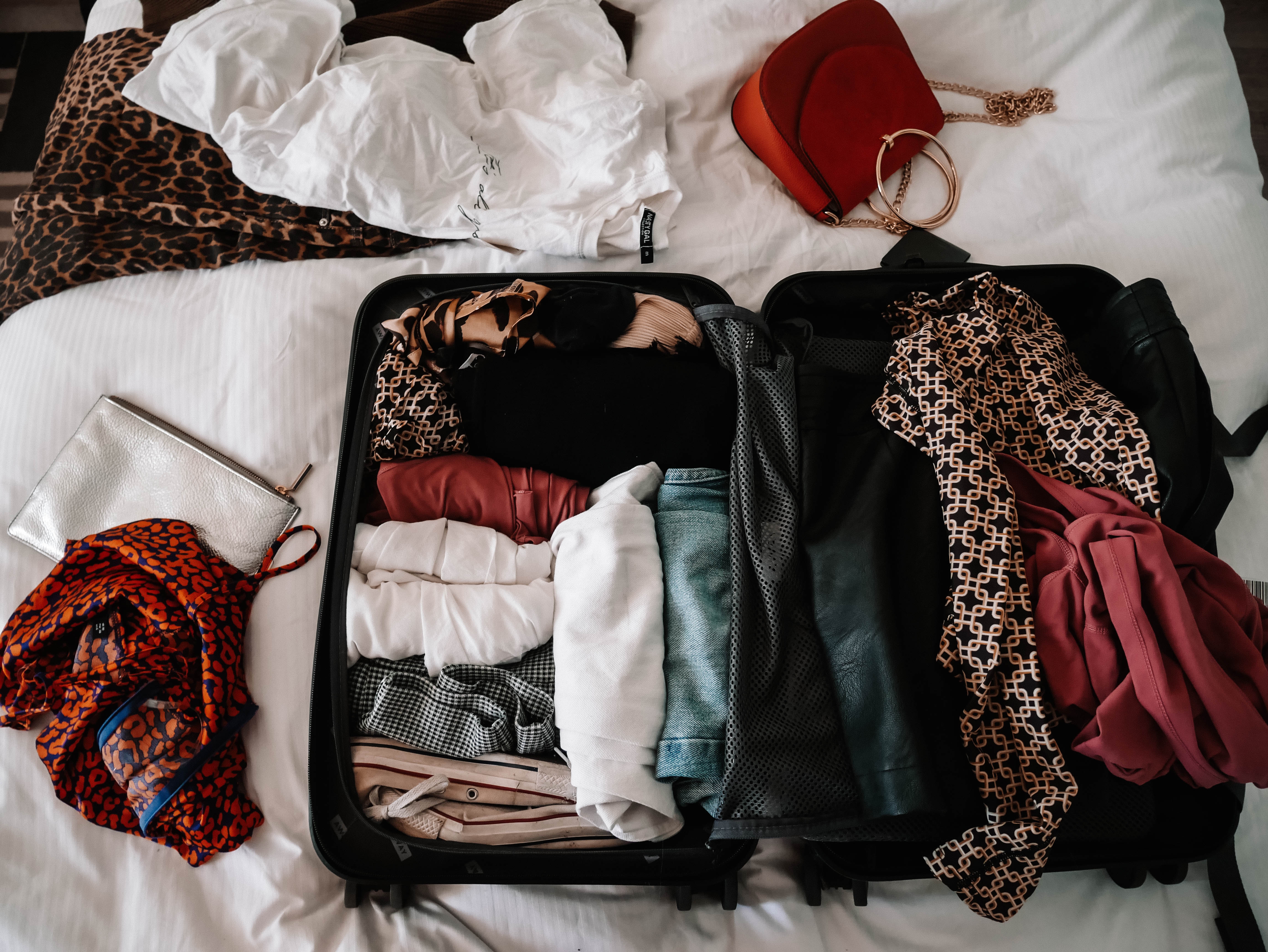 TOP TIPS FOR PACKING A CARRY ON CASE // HAND LUGGAGE ONLY