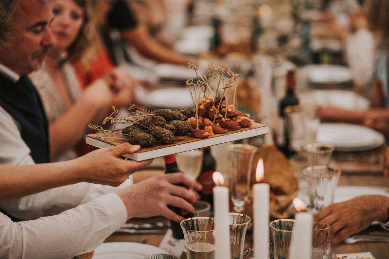 WEDDING FOOD AND DRINK IDEAS // THE NEW WEDDING FOOD TRENDS